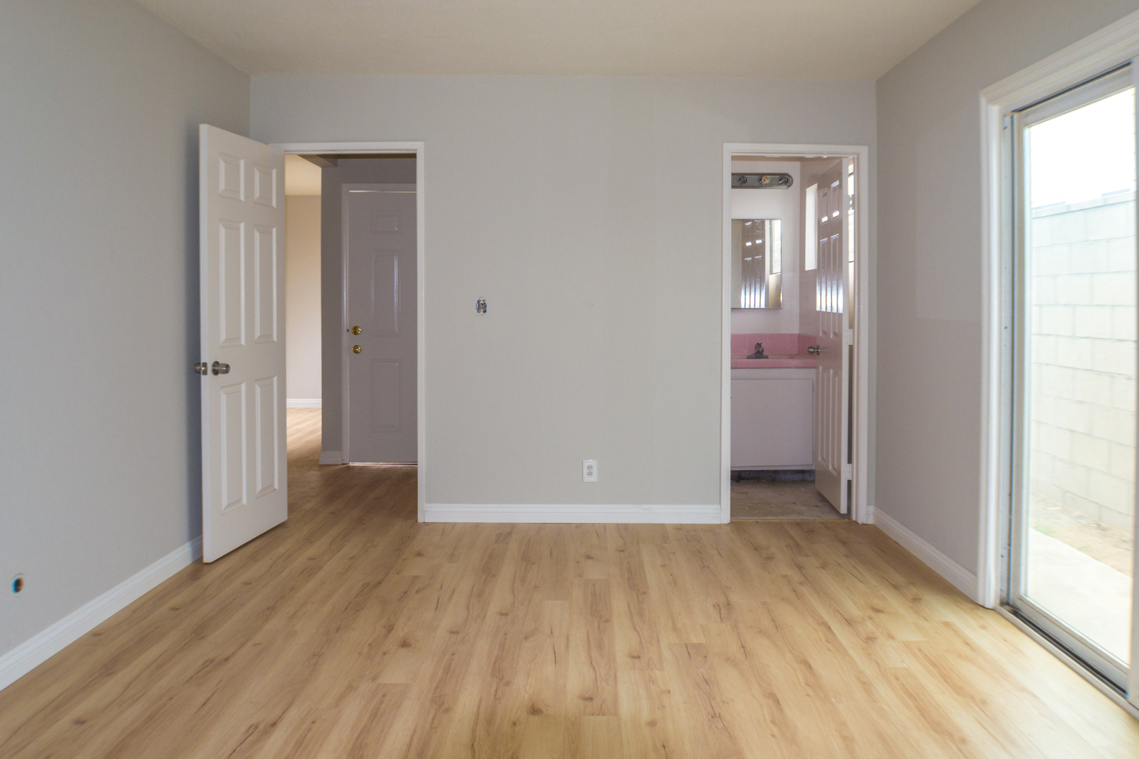 Upgraded Costa Mesa 3 Bedroom Apartment Tkgpm Anaheim Orange County Property Management
