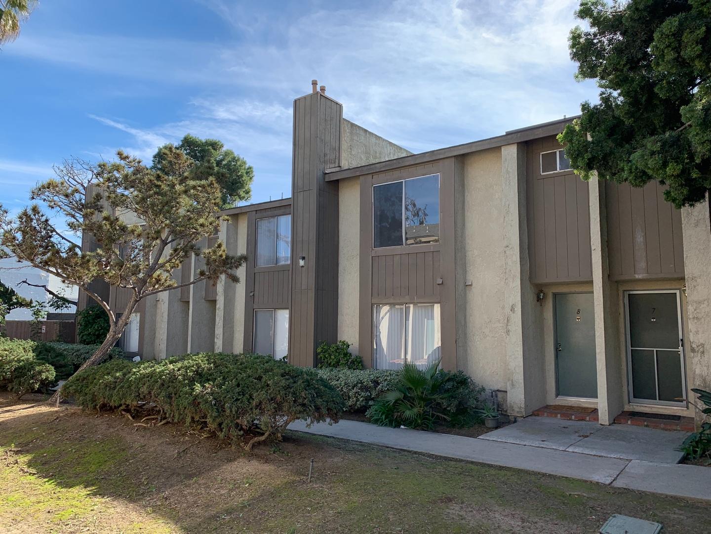 Townhouse Style Huntington Beach Dual Master Suite